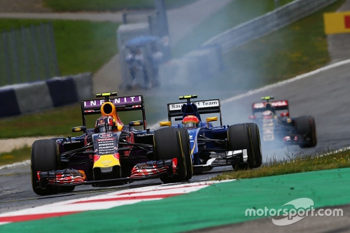 f1-austrian-gp-2015-daniil-kvyat-red-bull-racing-rb11.jpg