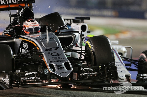f1-singapore-gp-2015-nico-hulkenberg-sahara-force-india-f1-vjm08-and-felipe-massa-williams.jpg